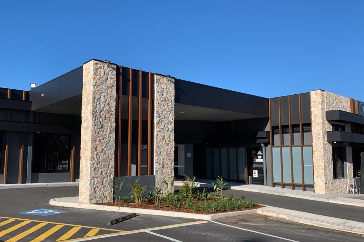 Powder Coated Aluminium Cladding by DFV Australia, Overlander Hotel Motel